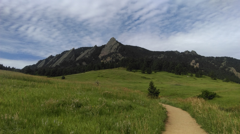 boulder flat irons, mountain, gravity waves